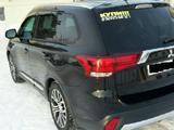 Mitsubishi Outlander, 2015 гв, бу с пробегом
